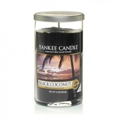 Yankee Candle Black Coconut Geurkaars Medium Pillar Candle (95 branduren)