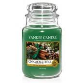 Yankee Candle Cinnamon & Cedar Large Jar