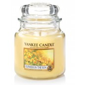 Yankee Candle Flowers in the Sun Geurkaars Medium Jar Candle (90 branduren)