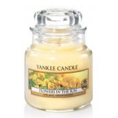 Yankee Candle Flowers in the Sun Geurkaars Small Jar Candle (40 branduren)