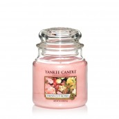 Yankee Candle Fresh Cut Roses Geurkaars Medium Jar Candle (90 branduren)
