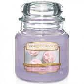 Yankee Candle Sweet Morning Rose Geurkaars Medium Jar Candle