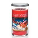 Yankee Candle Christmas Eve Medium Pillar