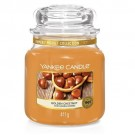 Yankee Candle Golden Chestnut Geurkaars Medium Jar Candle